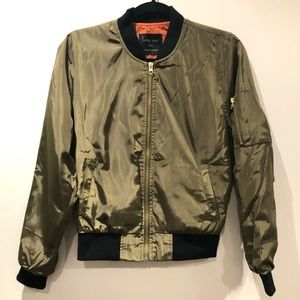 LOVE TREE / 'Chico' bomber jacket in army green